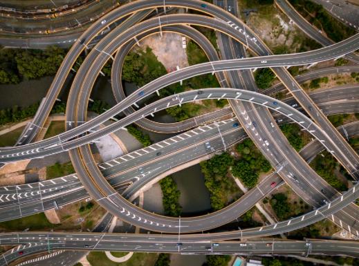 Handluj z Ukrainą - drogi i autostrady pełne aut